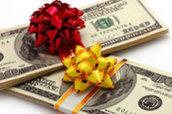 Holiday Cash Advances Can Help Your Budget Shine Bright This Season